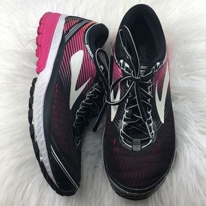 Almost new Brooks Ghost 10 running athletic shoes